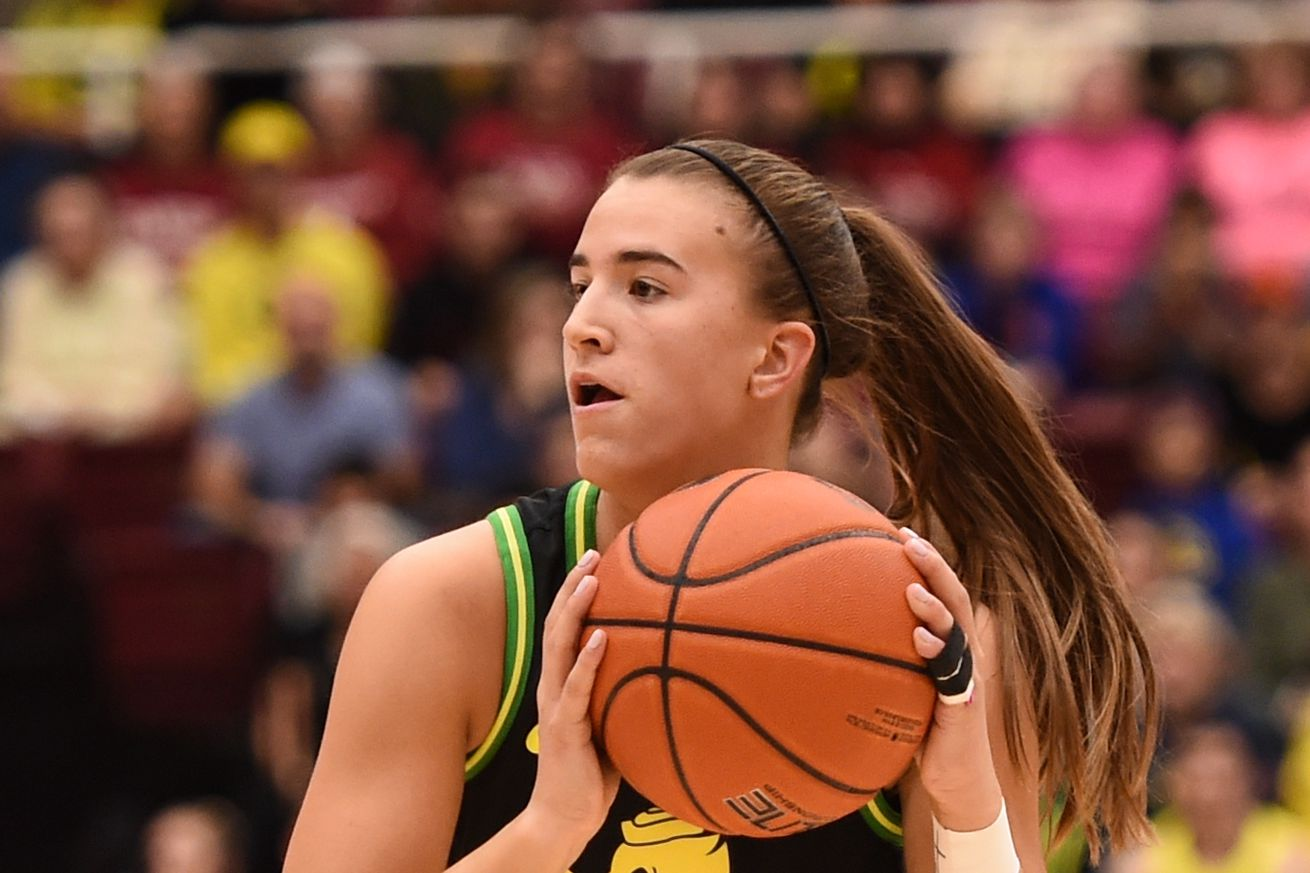 COLLEGE BASKETBALL: FEB 24 Women's Oregon at Stanford