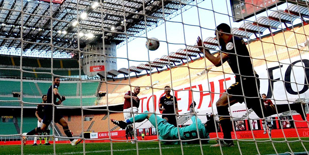 (SP)ITALY-MILAN-FOOTBALL-SERIE A-AC MILAN VS ROMA