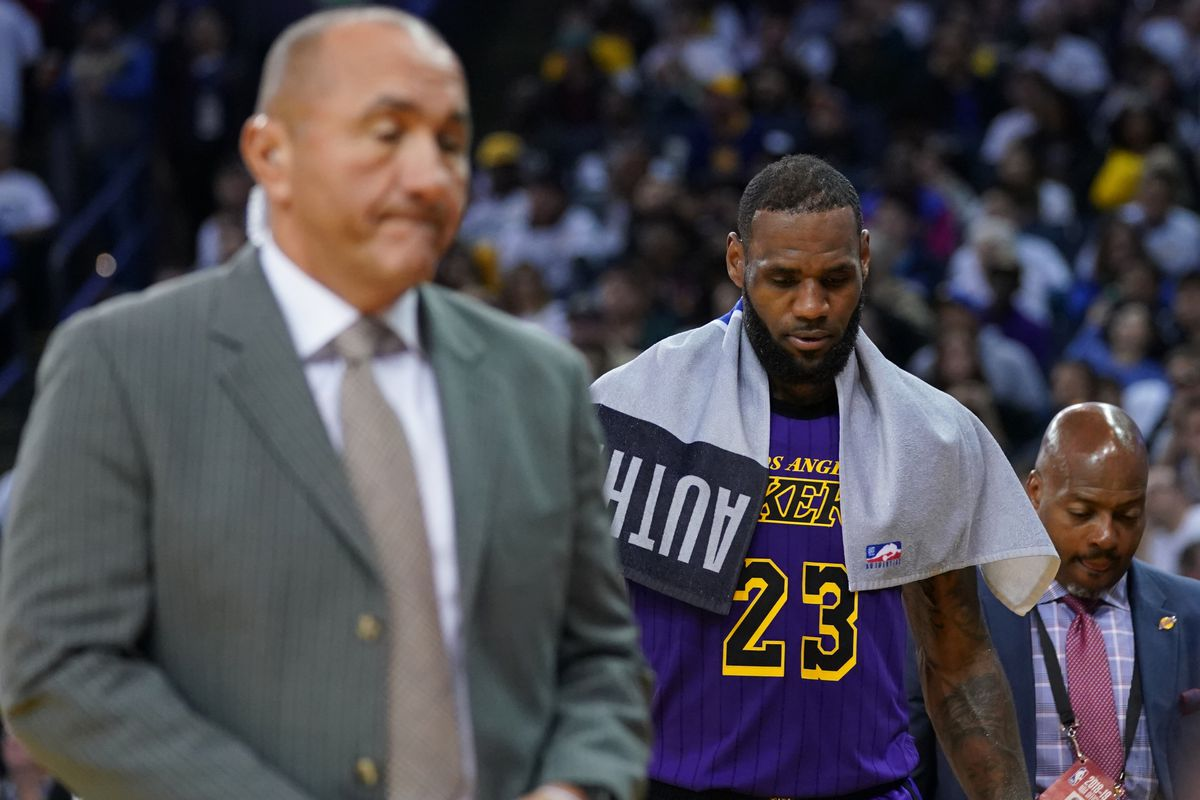 7b89a1045a1 LeBron James groin injury  Lakers star is day-to-day - SBNation.com