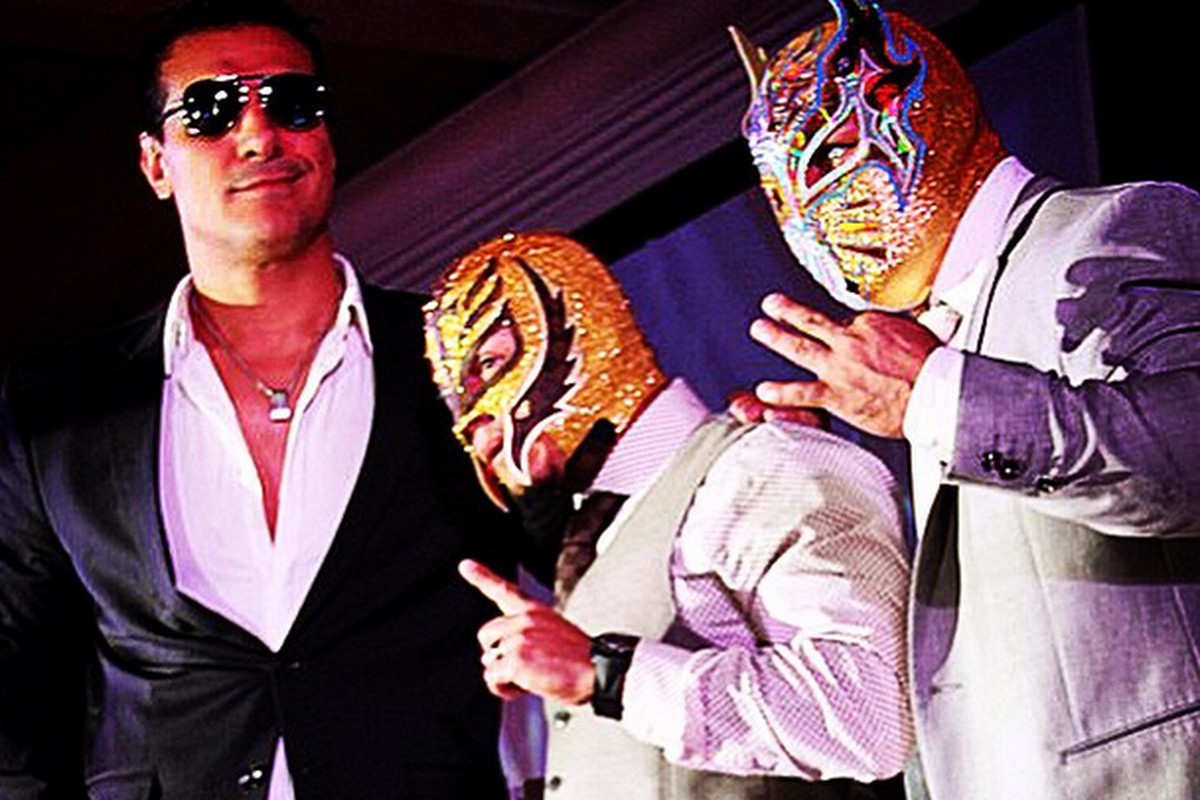 Rey Mysterio Officially Signs With Aaa Debut Dates Set Cageside Seats