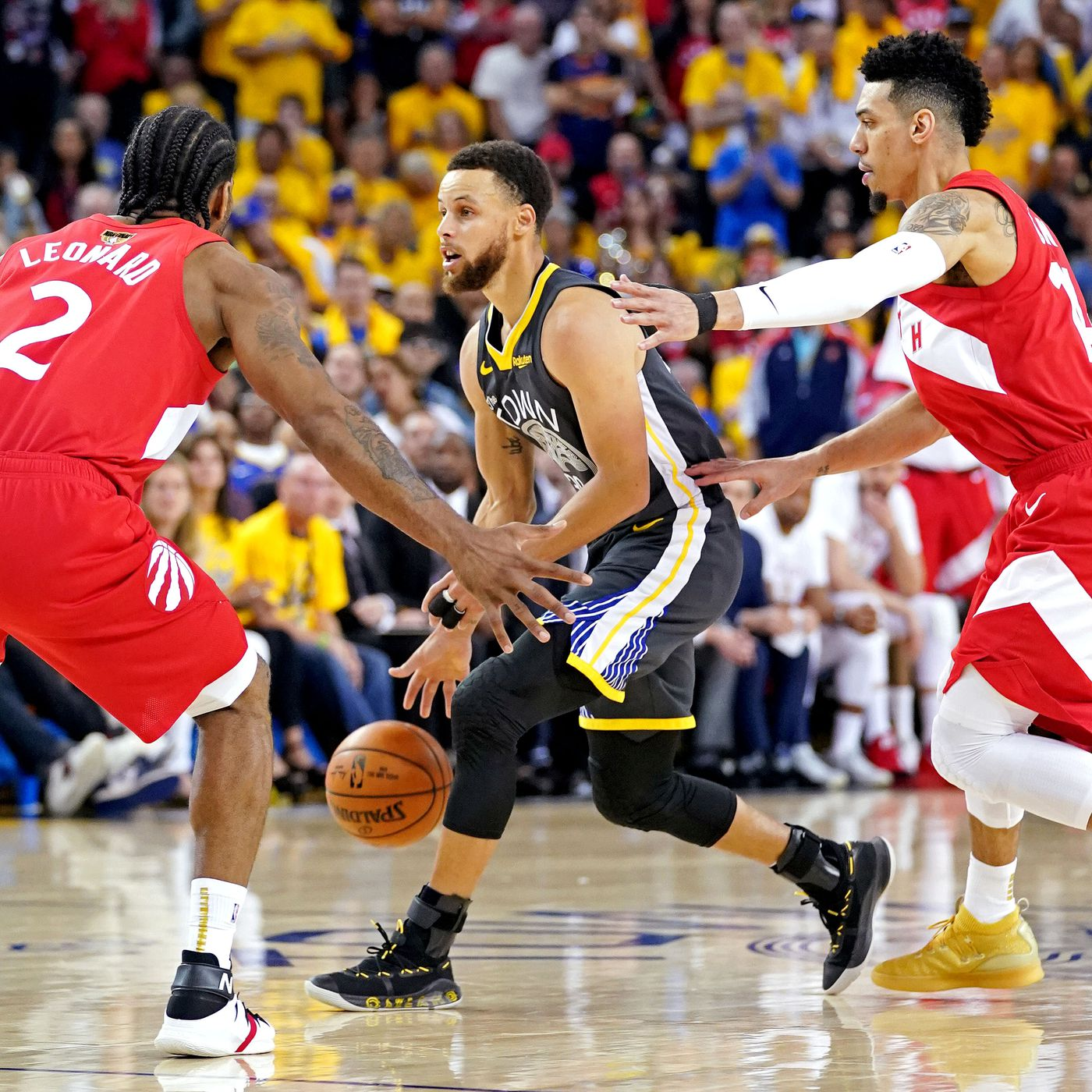 98c2622d135 2019 NBA Finals Analysis: Kawhi Leonard and the Toronto Raptors' defense  undoes the Warriors in Game 4 - Raptors HQ
