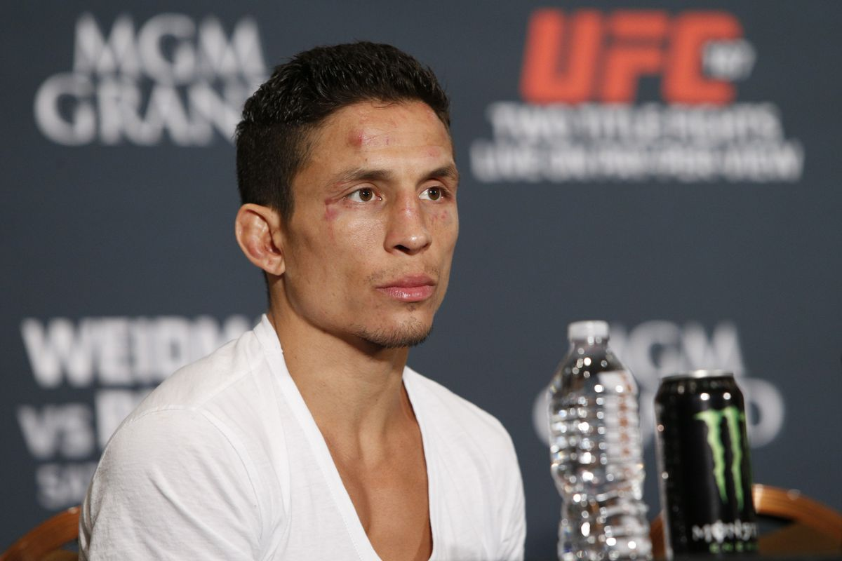 Morning Report: Joseph Benavidez asks Henry Cejudo to 'do the right thing for the division' and forego chasing 135-pound title