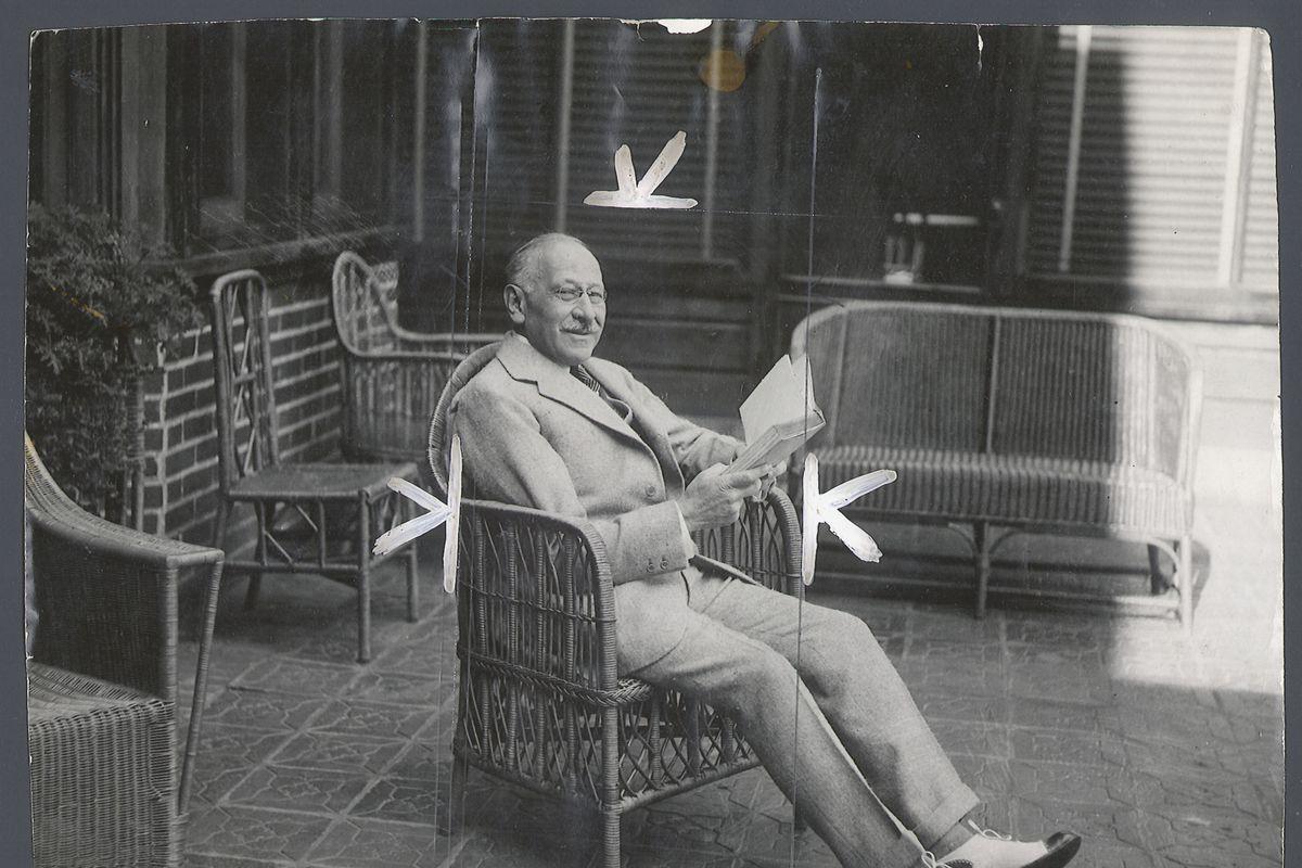Julius Rosenwald on the veranda of 'Tel-Aviv', his Highland Park home. Undated photo from Sun-Times files.