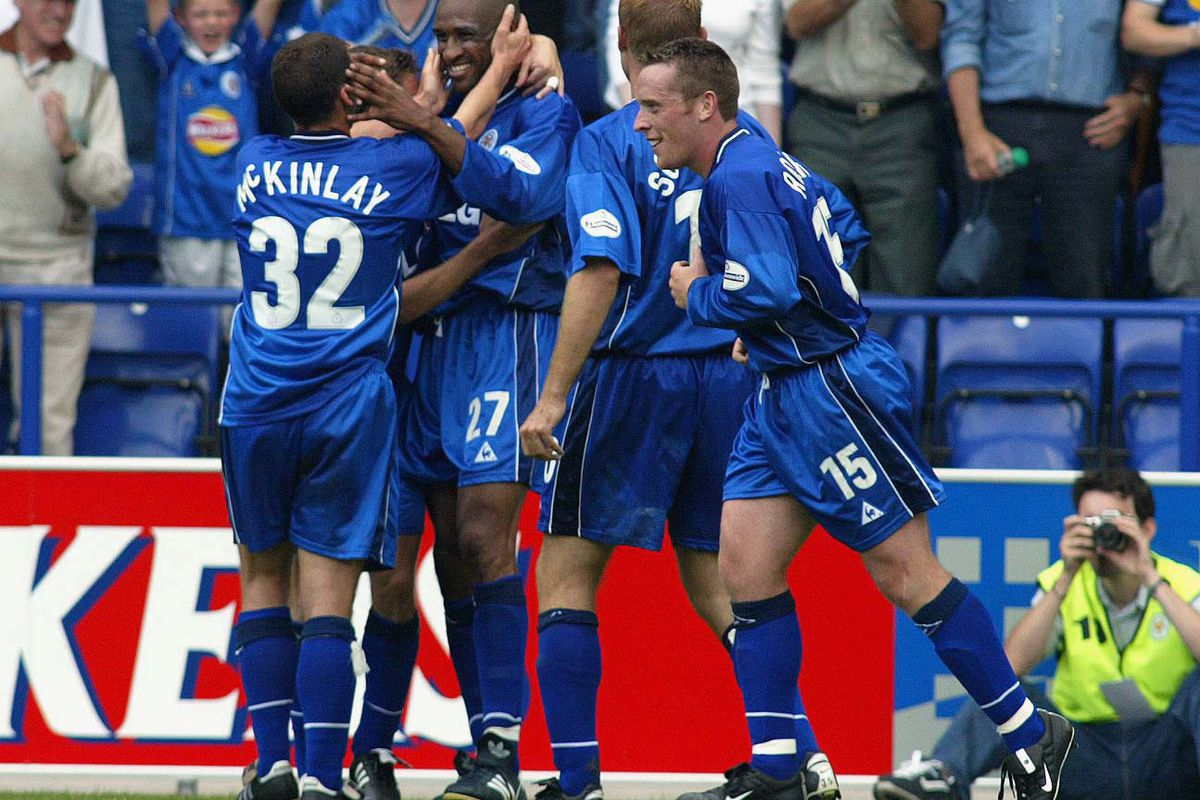 2002: Foxes start life at the Walkers Stadium with a victory - Fosse Posse