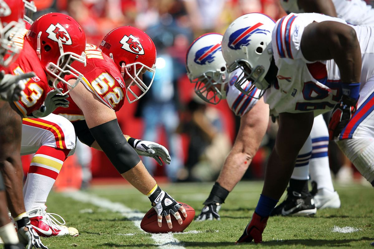 KANSAS CITY, MO - SEPTEMBER 11:  The Kansas City Chiefs square off against the Buffalo Bills during the game at Arrowhead Stadium on September 11, 2011 in Kansas City, Missouri.  (Photo by Jamie Squire/Getty Images)