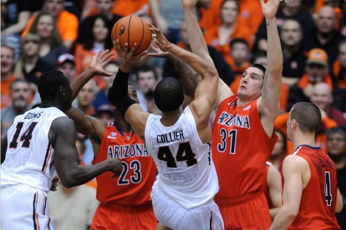 Devon Collier came up with a double double off the Oregon St. bench, but found it tough going against the Arizona defensive presence of Rondae Hollis-Jefferson and Kalem Tarczewski.