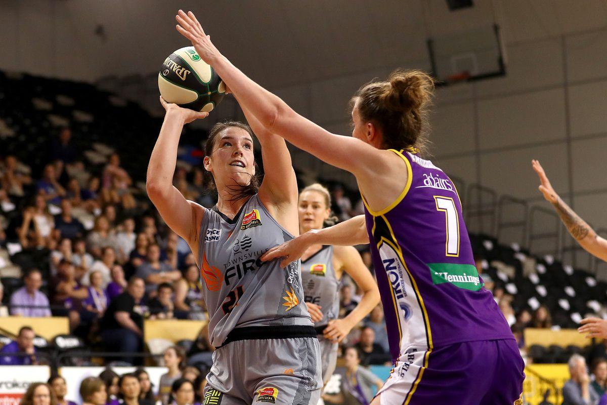 WNBL Rd 11 - Melbourne v Townsville
