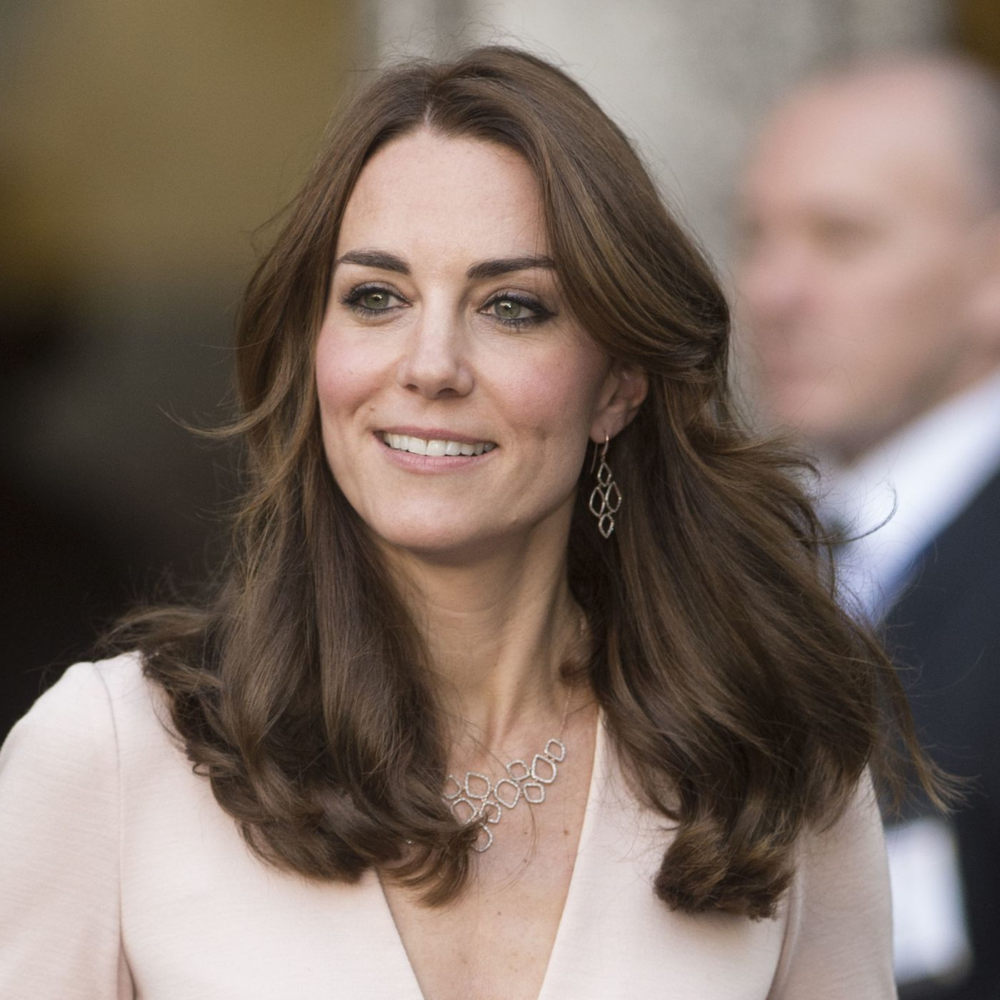 some people deeply upset by kate middleton s hair racked deeply upset by kate middleton s hair