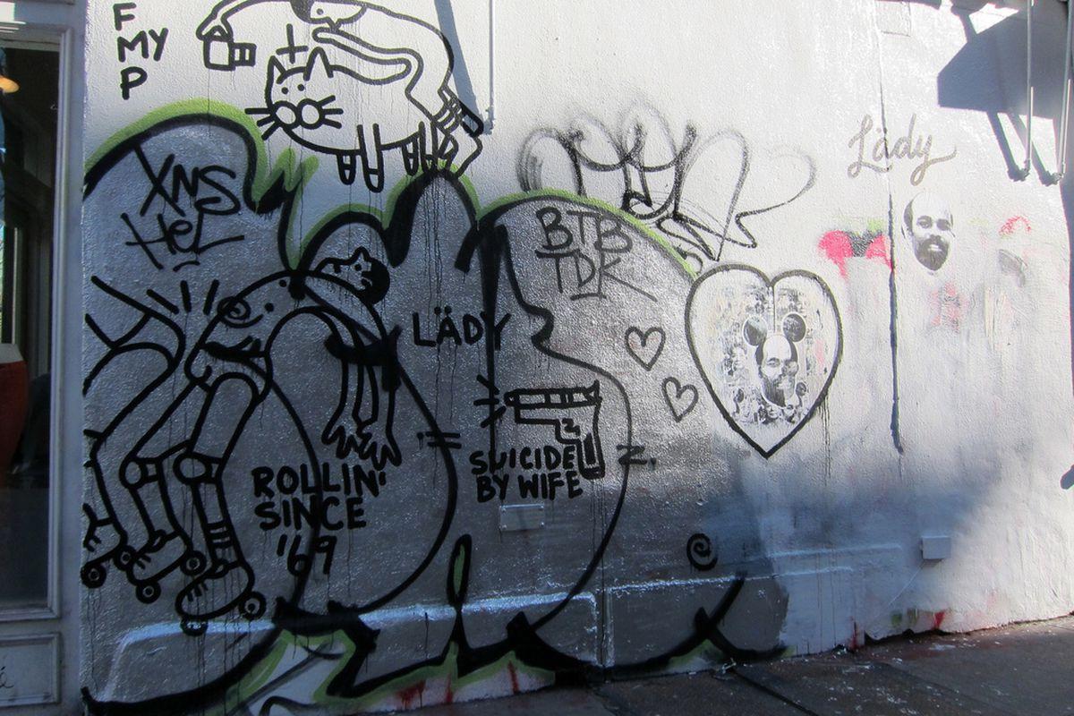"Rag &amp; Bone's graffiti wall. Photo by <a href=""http://www.flickr.com/photos/scottlynchnyc/8490331719/in/pool-rackedny"">Scoboco</a>/Racked Flickr Pool"