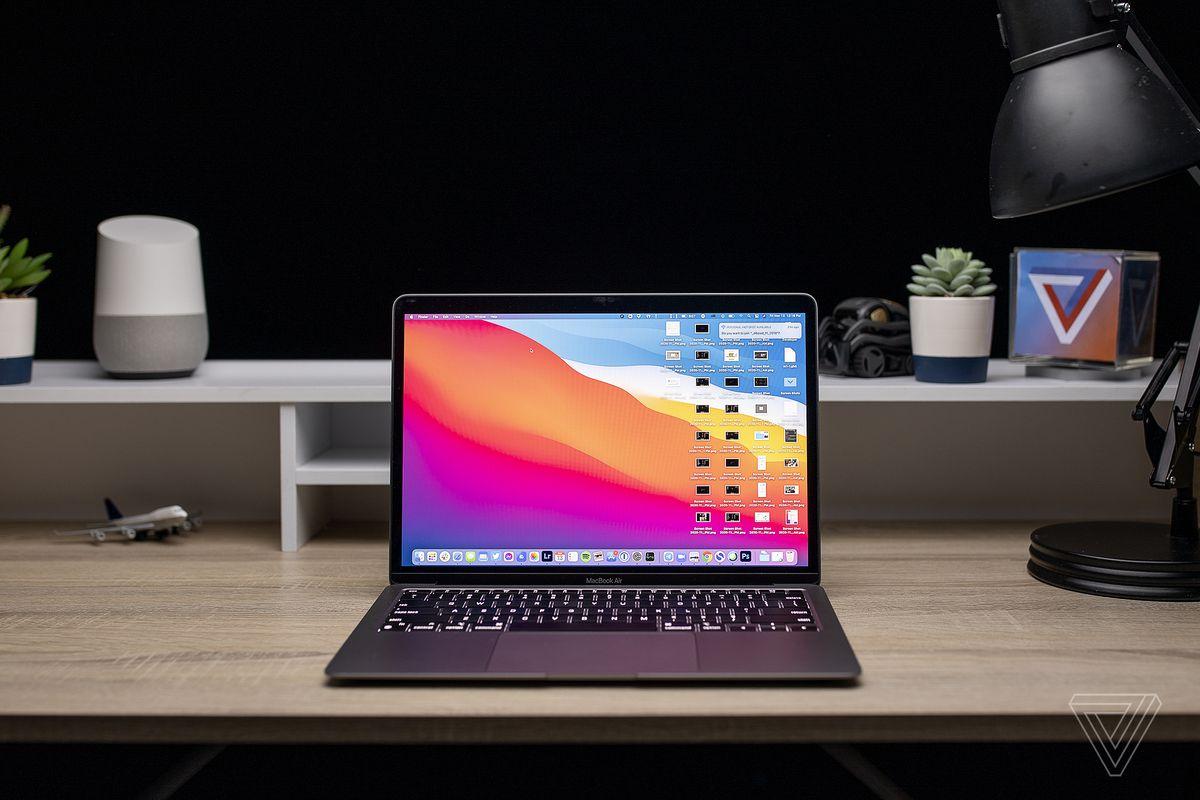 Best Laptops 2020: MacBook Pro 13 (late 2020)