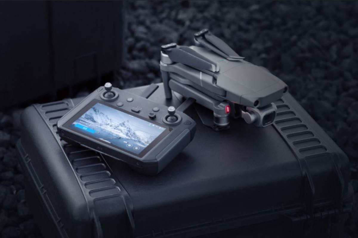 DJI announces a $650 Mavic 2 controller with a built-in screen - The
