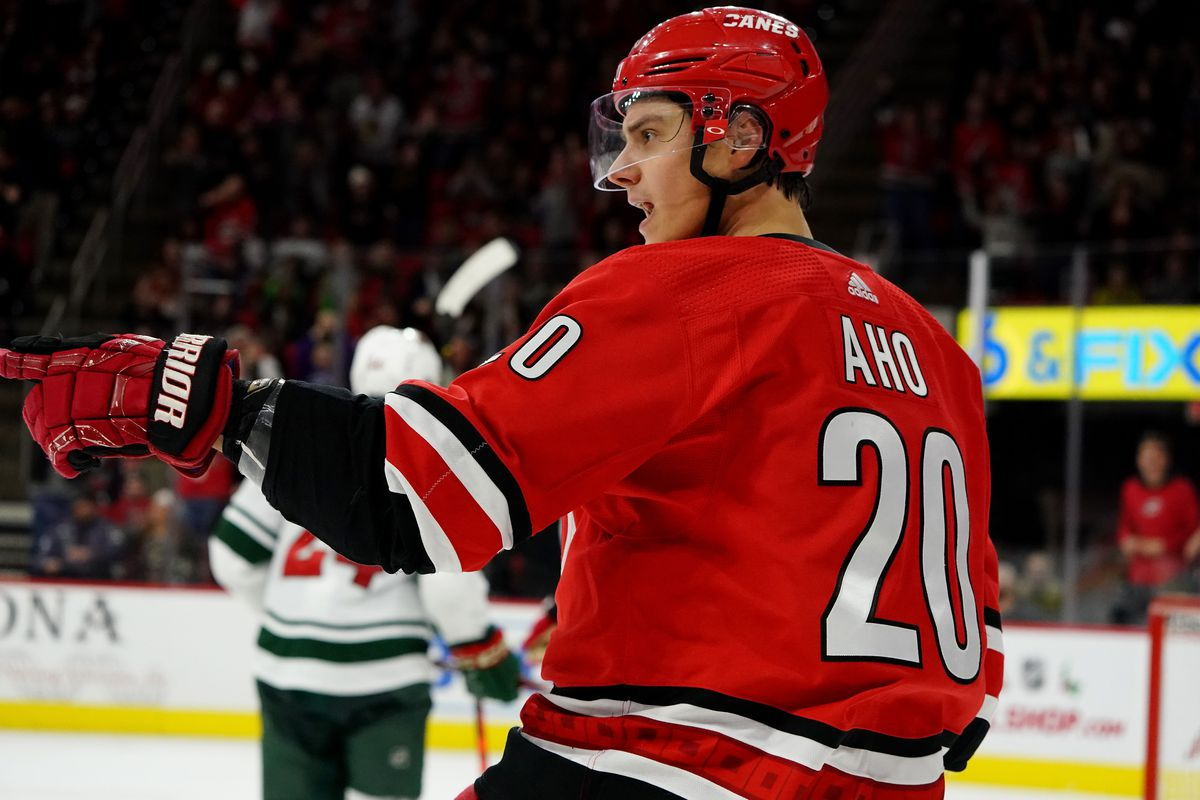 Recap: Wild point streak ends at 11 games in loss to Hurricanes