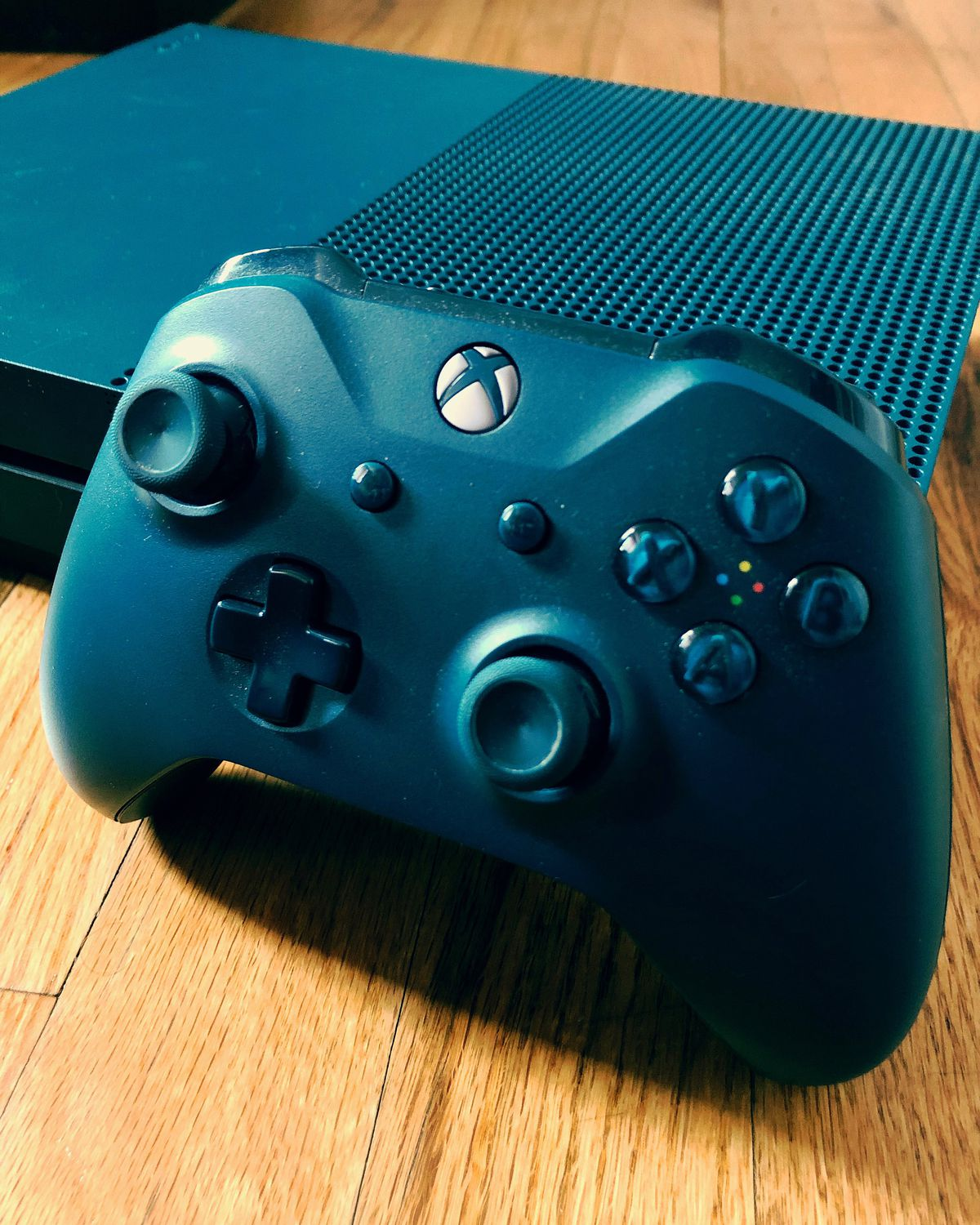 The worst thing about my Xbox One is its reliance on batteries - The