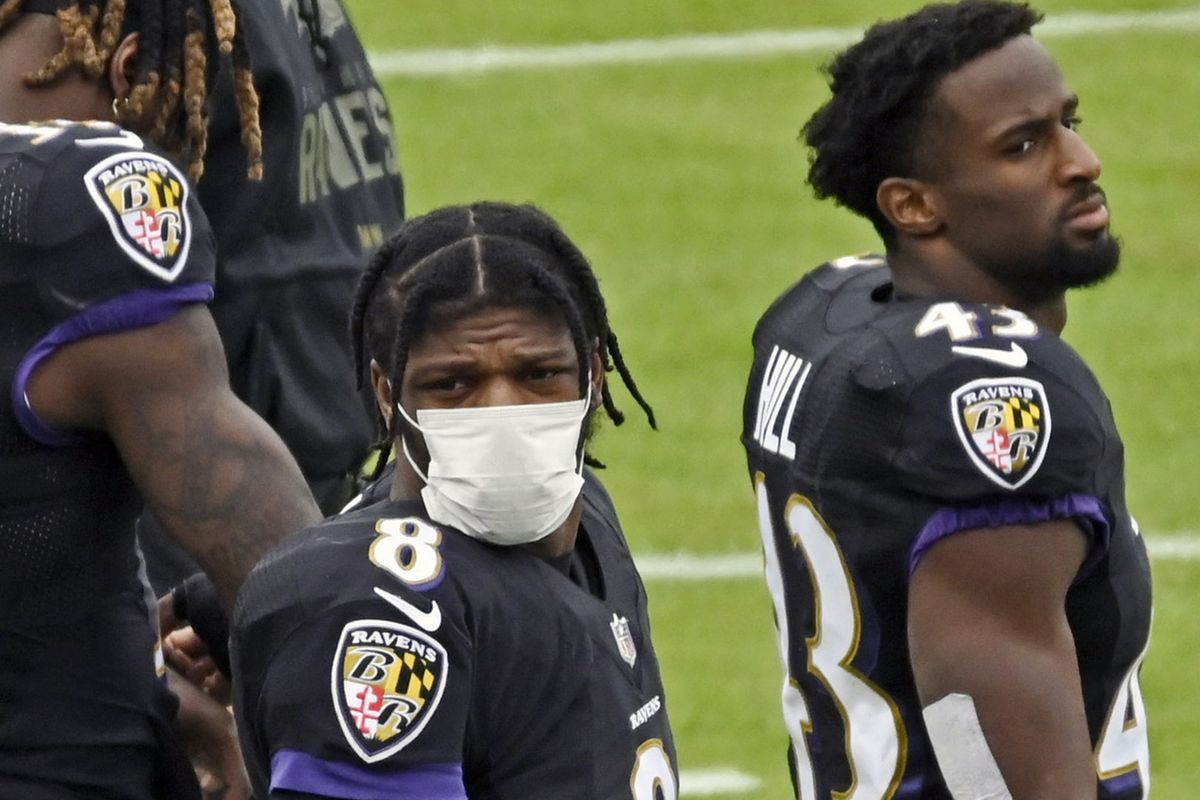 Why experts say the NFL's coronavirus strategy is putting the season in peril