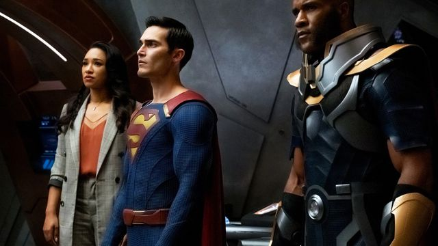 Candice Patton as Iris West-Allen, Tyler Hoechlin as Superman and LaMonica Garret as The Monitor in Crisis on Infinite Earths Part 3.