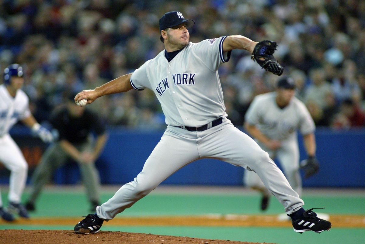 Roger Clemens throws