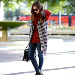 """Mara of <a href=""""http://www.mlovesmblog.com""""target=""""_blank"""">M Loves M</a> is wearing a Chicwish <a href=""""http://www.chicwish.com/double-breasted-tartan-sleeveless-trench-coat.html""""target=""""_blank"""">trench coat</a> and <a href=""""http://www.chicwish.com/wine"""