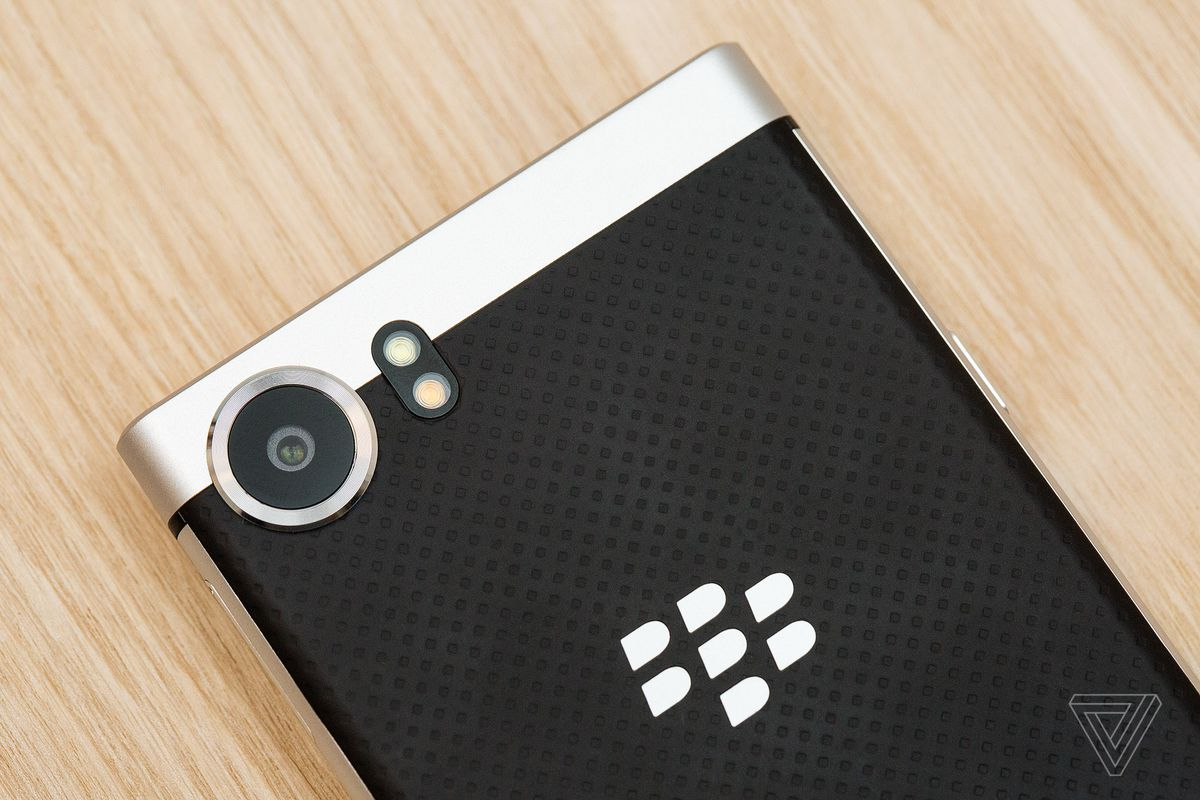 Blackberry Keyone Review Part Productivity Nostalgia The Verge 1995 Trans Am Cooling Fan Wiring Diagram My Time With Has Not Converted Me To A Keyboard Diehard Im Still Much Faster And More Comfortable Typing Virtual