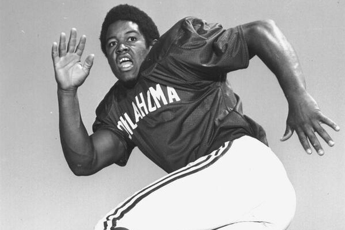 Oklahoma linebacker (1972-74), Rod Shoate
