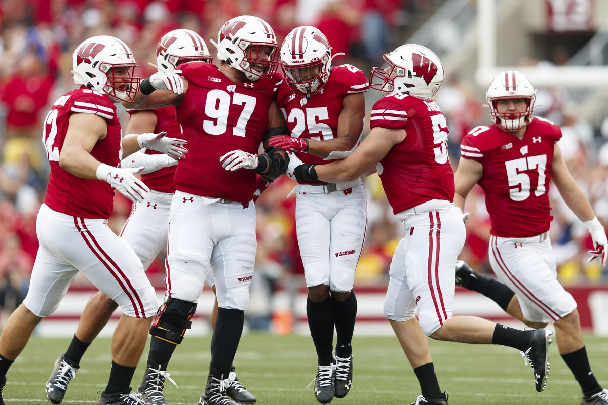 Wisconsin football: Game Notes: No. 13 Wisconsin vs. No. 11 Michigan