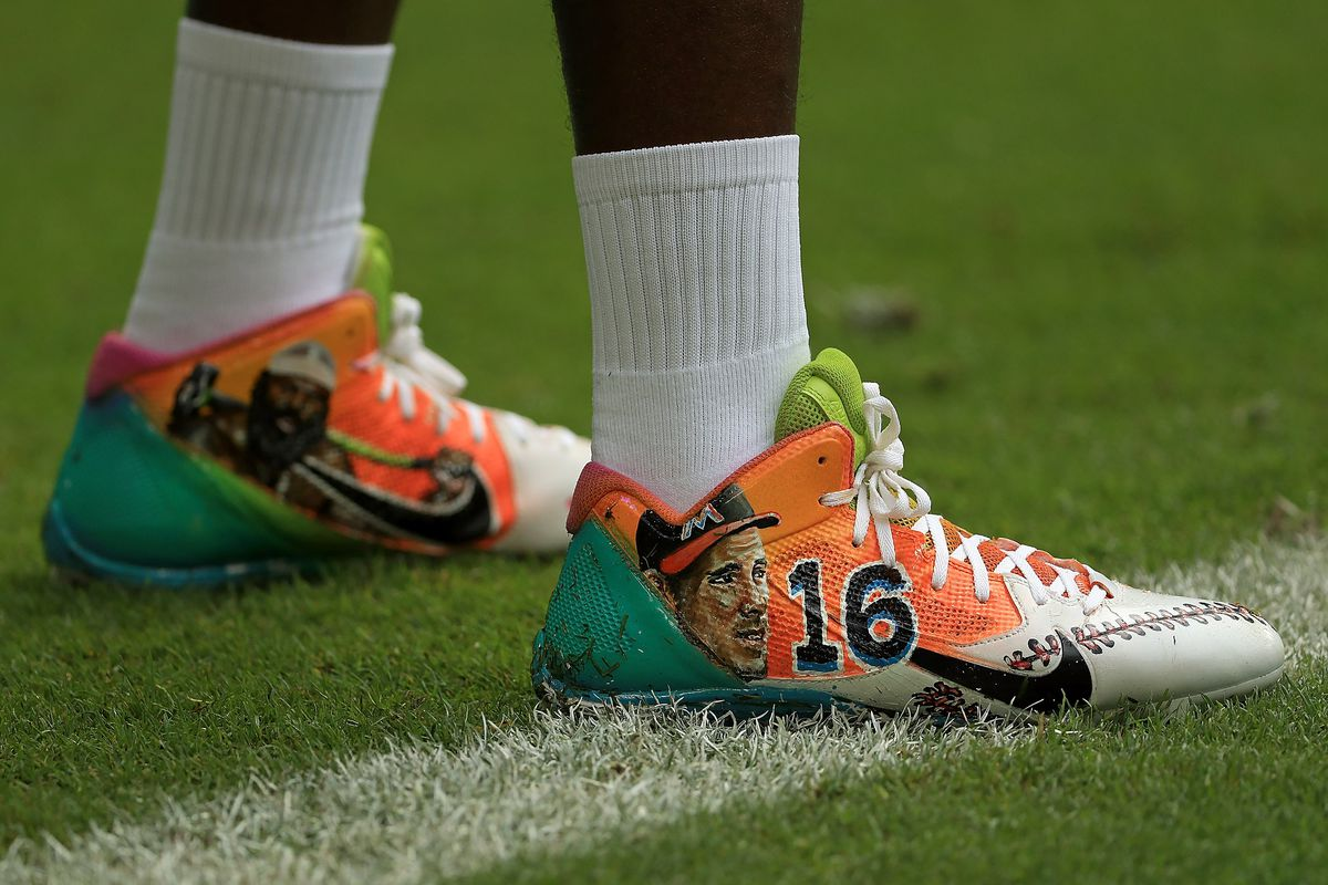 c7f947971 NFL players can wear custom cleats for charity this week without being fined