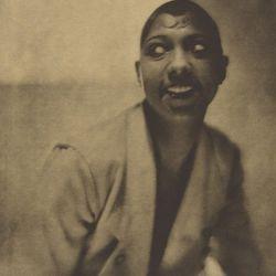 Baron Adolf De Meyer, Portrait of Josephine Baker (1925) Credit: The J. Paul Getty Museum, Los Angeles