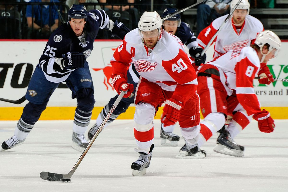 Zetterberg is the only one in this picture looking at the puck.