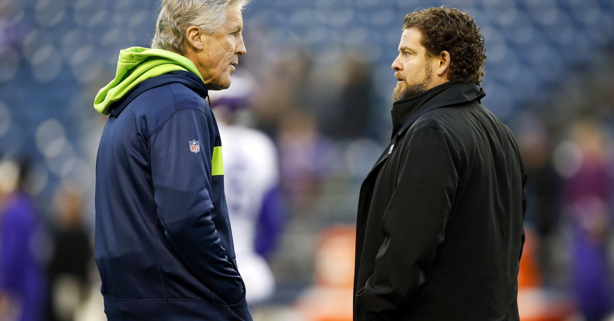 3 trends tell us what John Schneider will do with first Seahawks pick