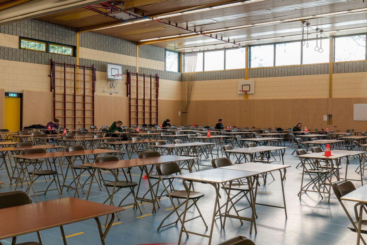 Netherlands Continues 'Intelligent Lockdown' Amid Coronavirus Outbreak