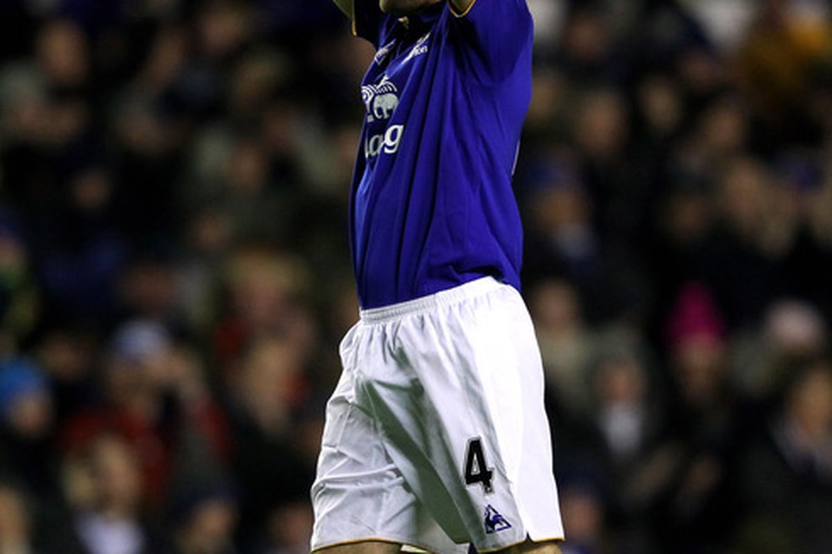LIVERPOOL, ENGLAND - JANUARY 27:  Darron Gibson of Everton celebrates at the end of the FA Cup Fourth Round match between Everton and Fulham at Goodison Park on January 27, 2012 in Liverpool, England. (Photo by Alex Livesey/Getty Images)