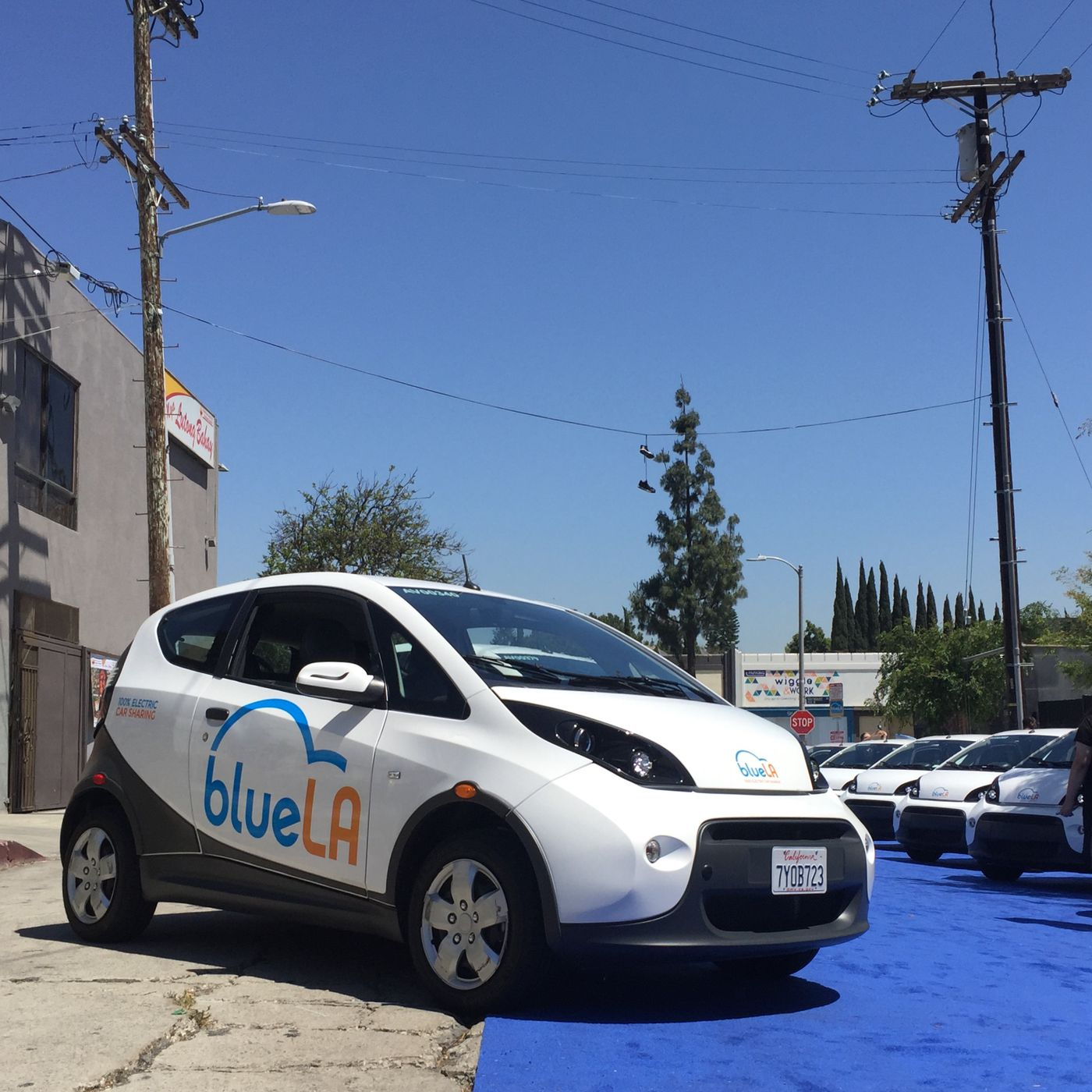 Bluela How To Use Las All Electric Car Share Program Curbed La Working Of Cars