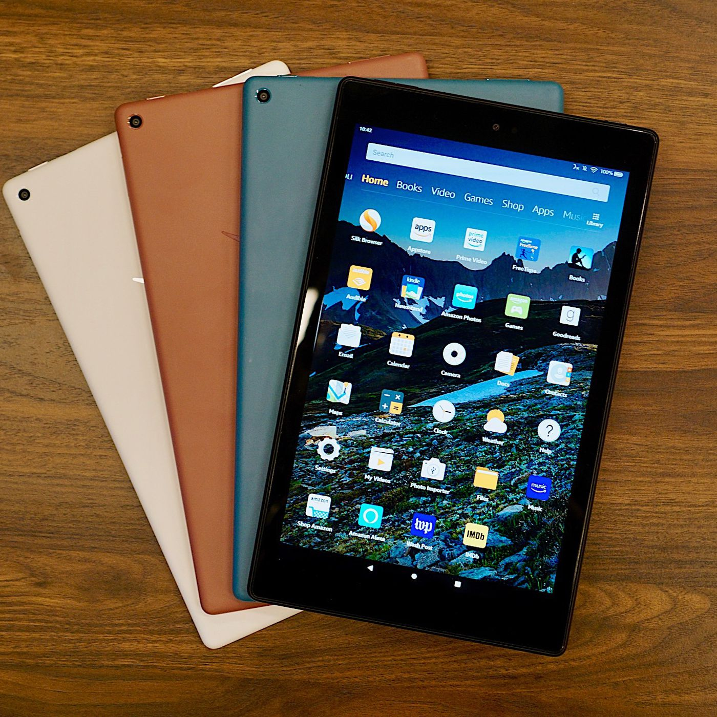 Amazon updates the Fire HD 10 with a faster processor and USB-C ...