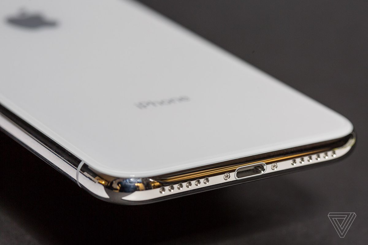 official photos 1145d efc8b iPhone X review: face the future - The Verge