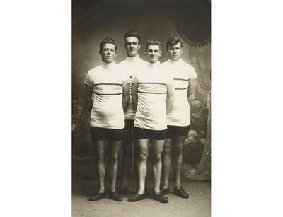 Ernie Bainbridge, Harry Watson, Hubert Opperman, Percy Osborn (24, 83 kg)