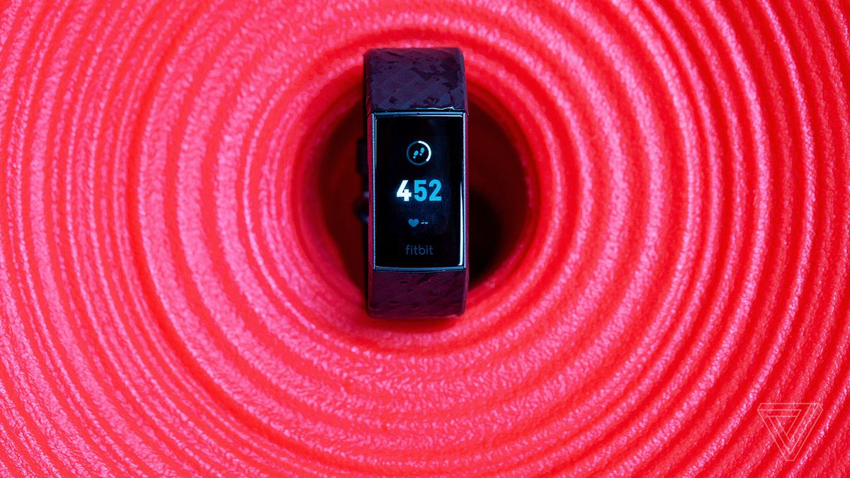b02e7145538 Fitbit Charge 3 review: easy lift - The Verge