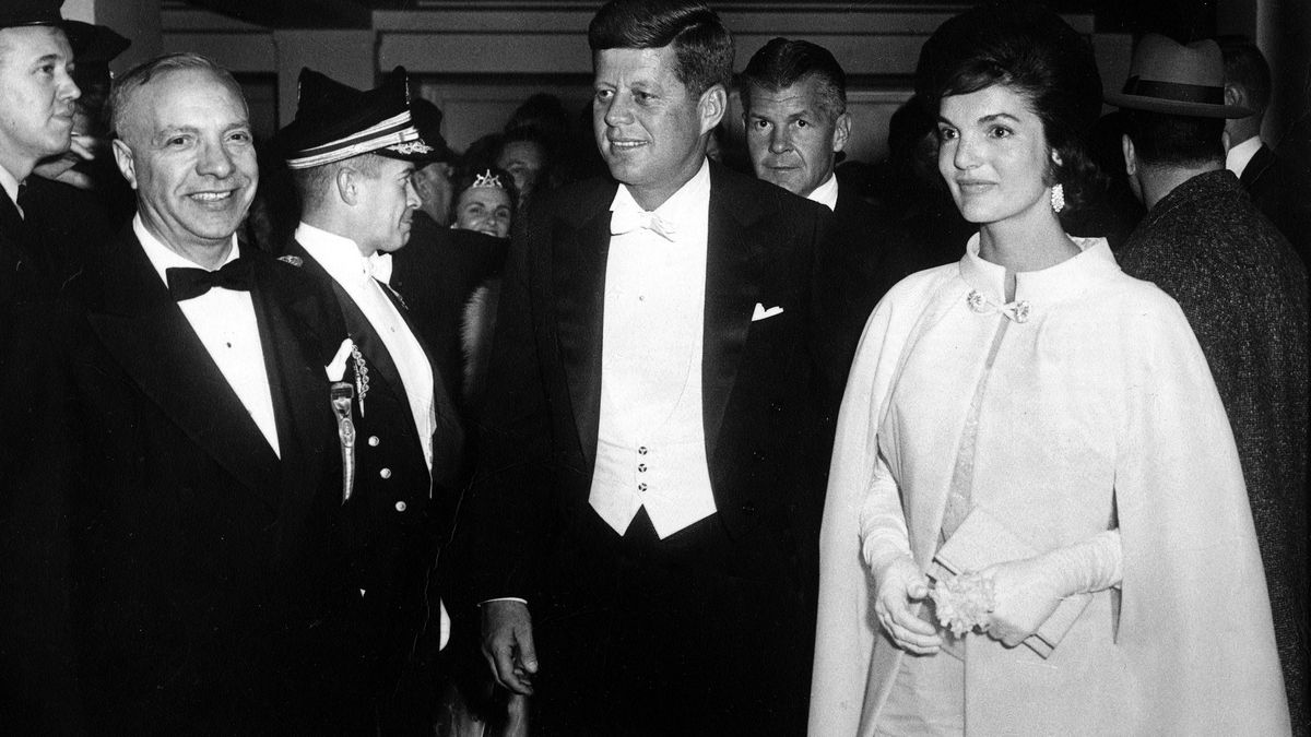 JFK eschewing the top hat at his inauguration. Photo: Getty Images