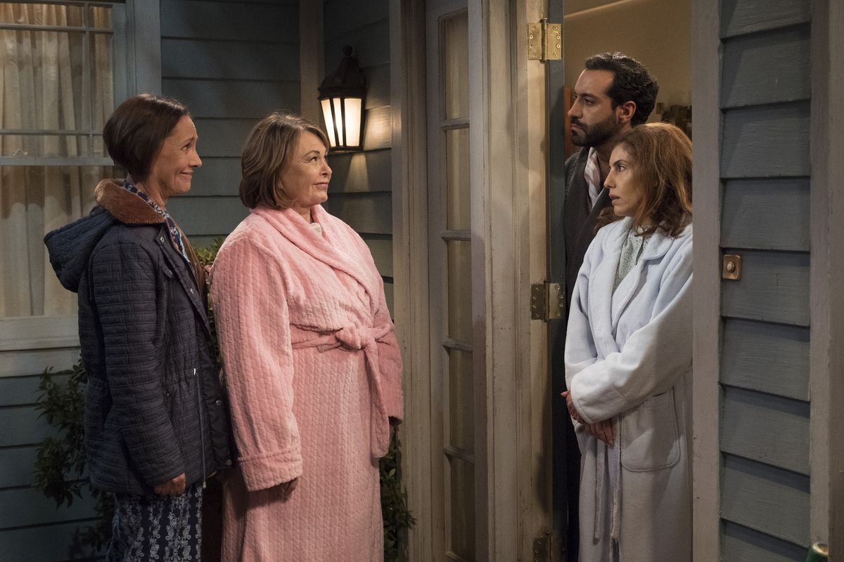 """Roseanne review: """"Go Cubs"""" introduces Muslim neighbors, misses its ..."""