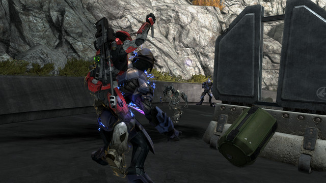 A Spartan from Halo: Reach PC executing an elite