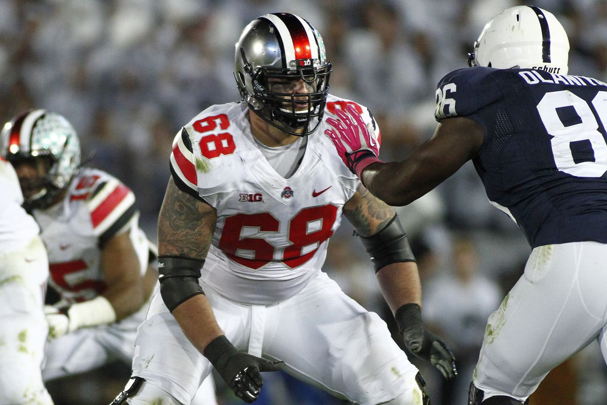 Taylor Decker has announced he will be returning to Ohio State for his senior season.