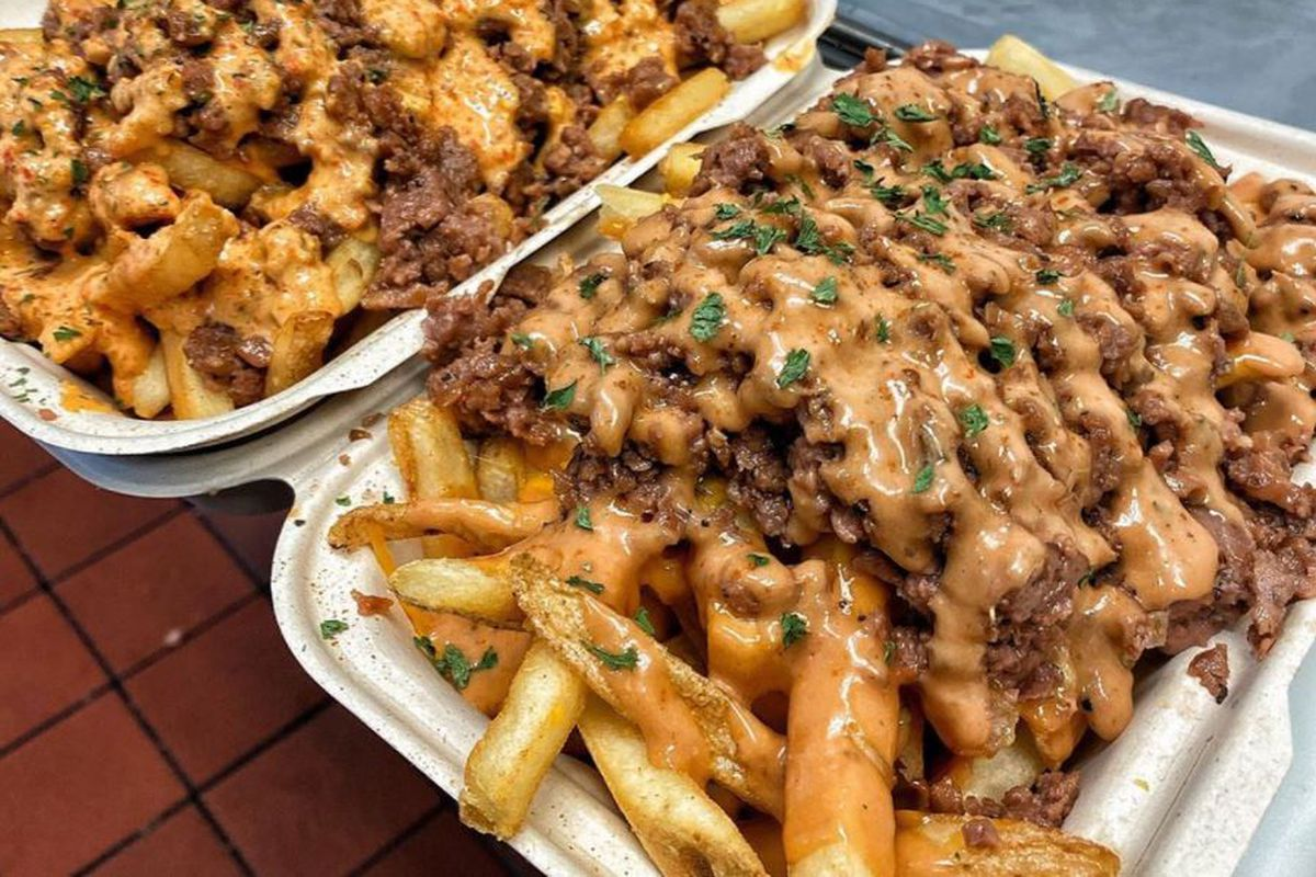 Loaded fries with Beyond Meat at Mr. Fries Man