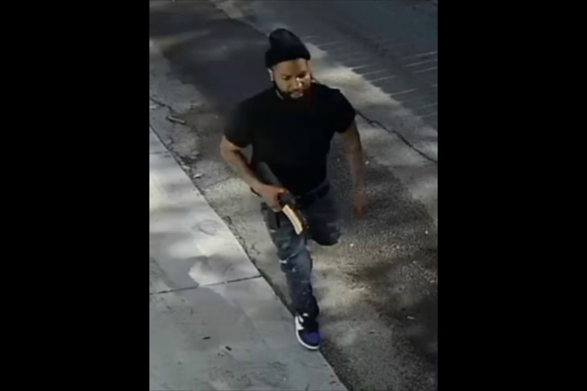 Police are looking for a person they believe shot a man May 25, 2020, in the 800 block of North St. Louis Avenue in Humboldt Park.