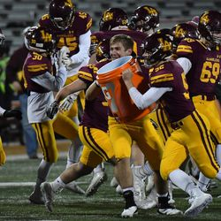 Loyola players to to track down coach John Holecek. Worsom Robinson/For the Sun-Times.