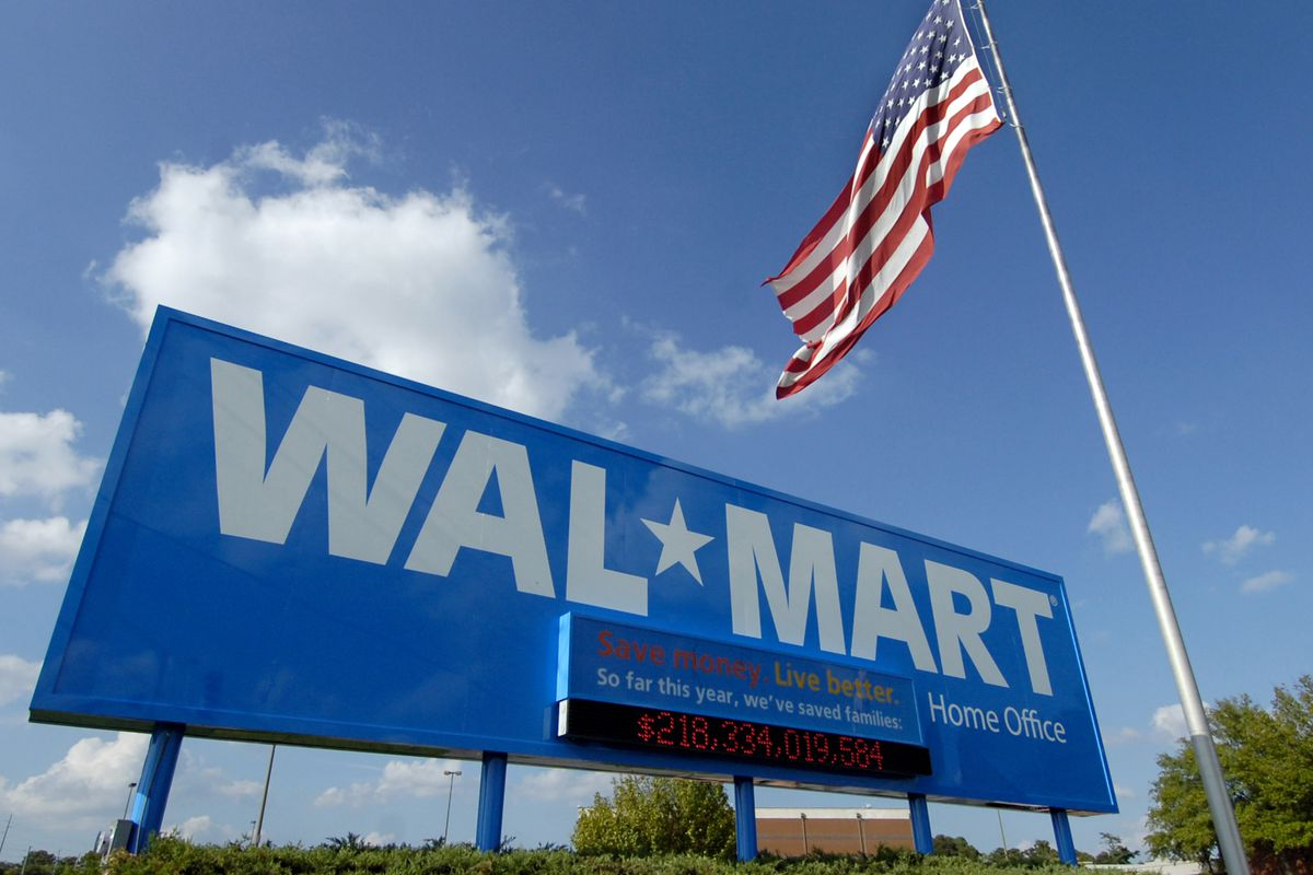 Walmart managers make $175,000 on average  What about