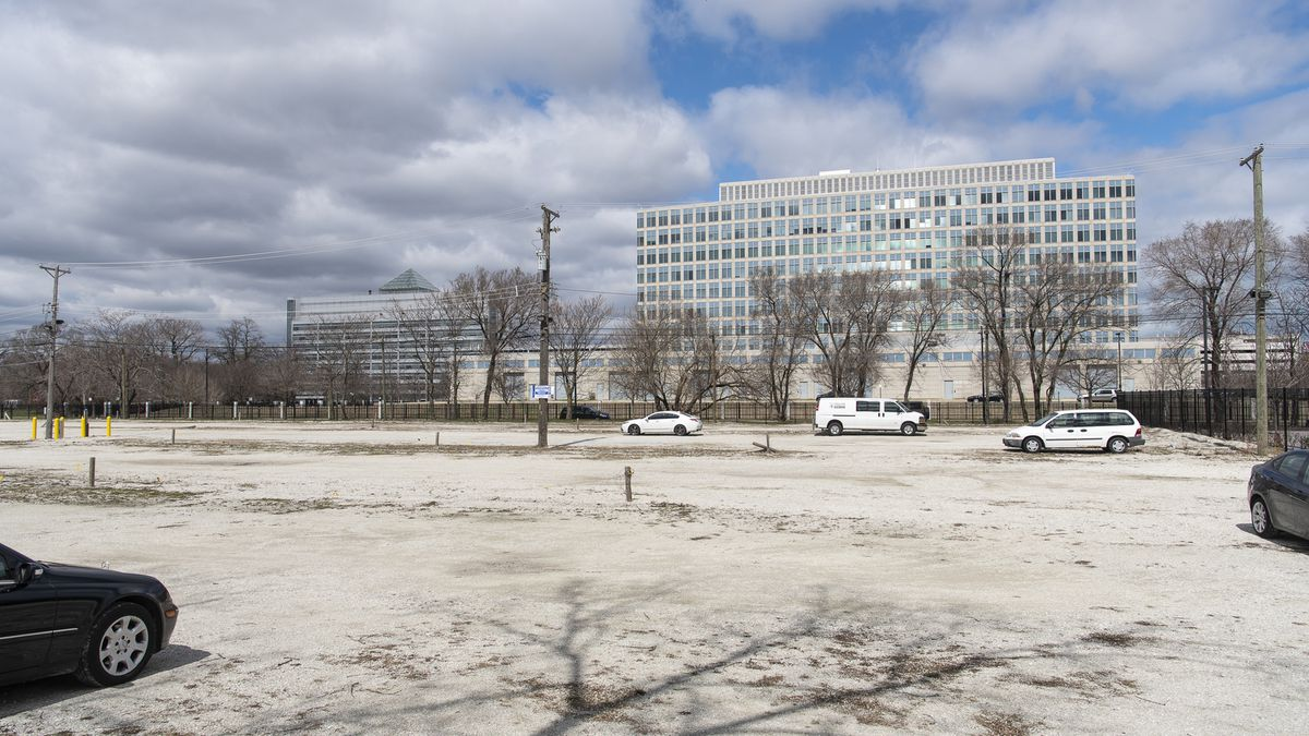 """That's the Chicago FBI field office in the 1300 block of South Leavitt Street as seen from the 2.25-acre lot across the street that Alexander S. """"Alex"""" Pissios, who went undercover as an FBI mole, wants to buy or lease for his Cinespace Chicago Film Studios."""