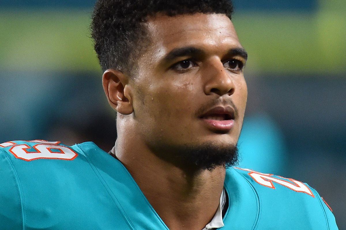 Miami Dolphins depth chart 2018 predictions ahead of Preseason Week ...