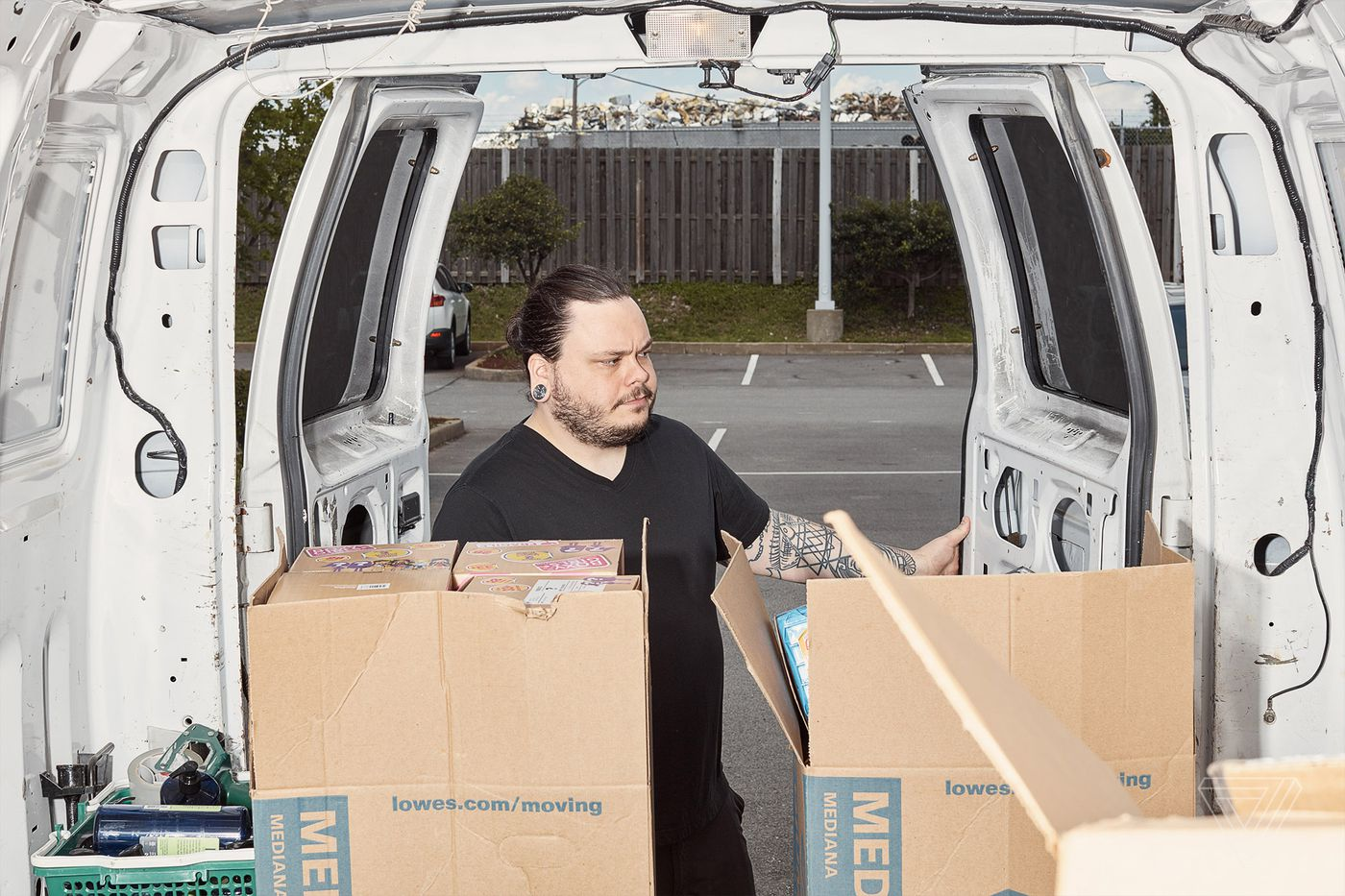Nomads travel to America's Walmarts to stock Amazon's shelves - The