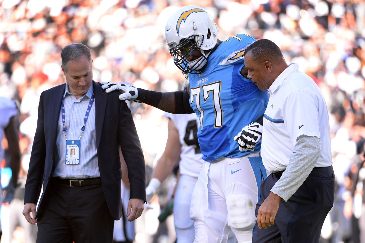 Former Chargers LT King Dunlap retires from National Football League after 9-year career