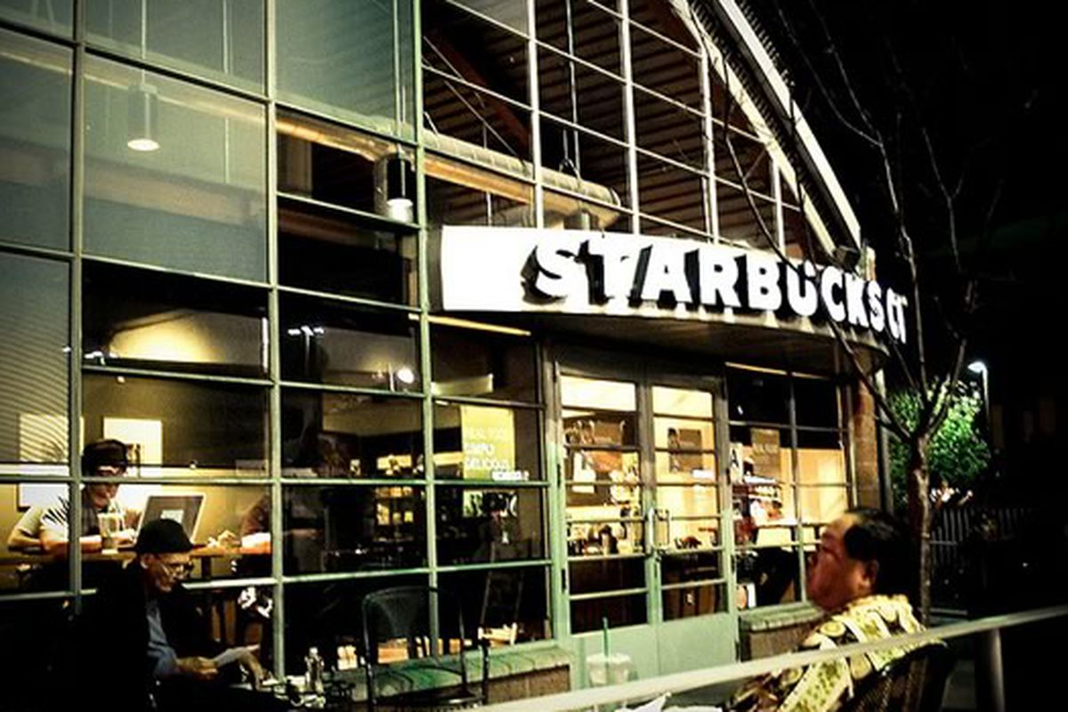 Starbucks Coffee, Little Tokyo, Los Angeles