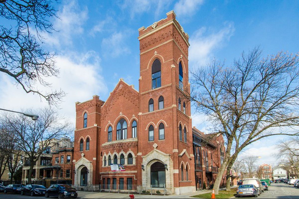 two bedroom condo in a converted logan square church wants 500k curbed chicago. Black Bedroom Furniture Sets. Home Design Ideas