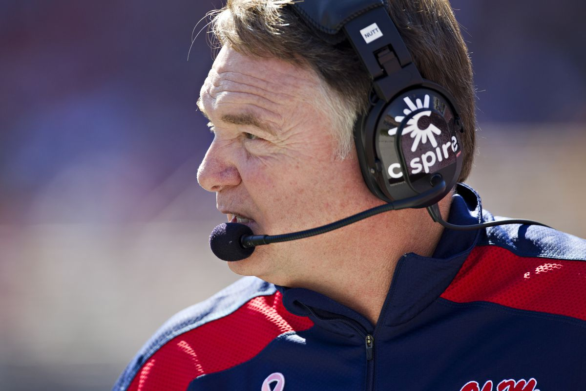 Former Ole Miss coach Houston Nutt sues school, alleging defamation of character